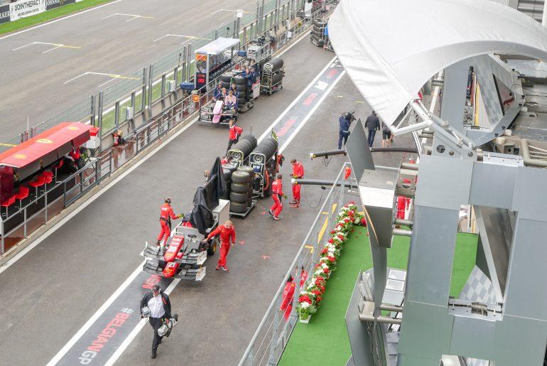 De banden voor de Ferrari's